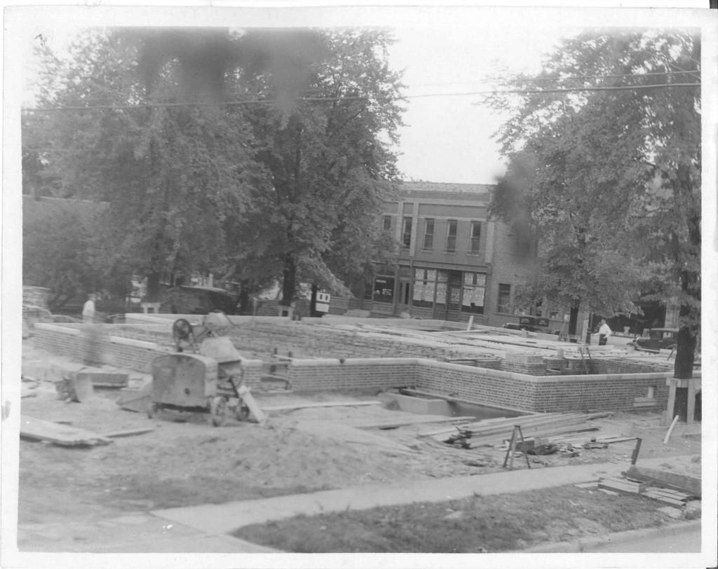 05_October 1 1931_LookingSouthwest_PostOfficeConstruction_LintonIndiana